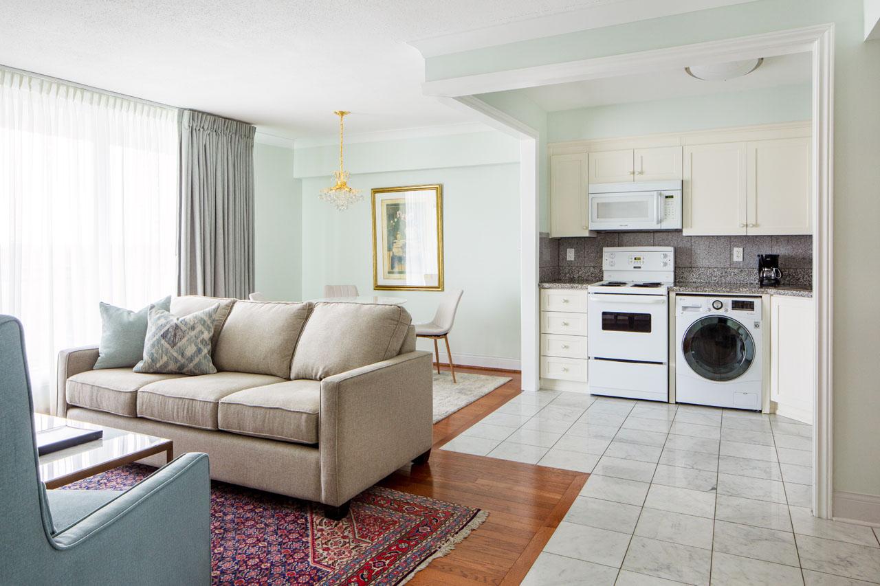 Residence Suites The Waterside Inn